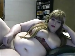 Round transgender princess infront of cam