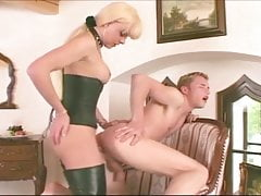 Joanna Jet Mutual Drilled