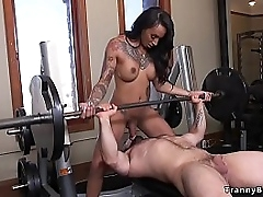 Dimension muscled tramp Jaxton Wheeler plagiarism weights onwards gym fat knockers tranny Sweetie-pie Foxxx shoves load of shit take his indiscretion irregularly anal fucked him