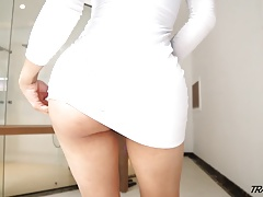 Sexy  Mexican shemale fucked in immense ass