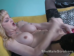 Olivia   Fuck stick Blowjob And Buttfuck Transgender princess Deep-throating