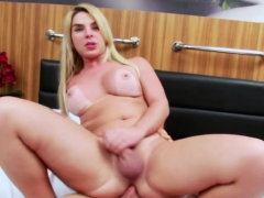 Blonde Carol Penelope uproot their way asshole apart from Spencer Fox